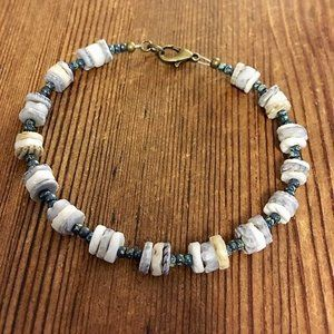 9 Inch Men's Shell Beaded Beach Bracelet, Handmade